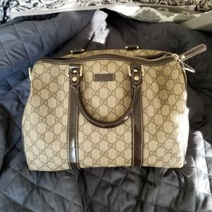 c2eed460bb Women s Gucci 2012 Handbags on Poshmark